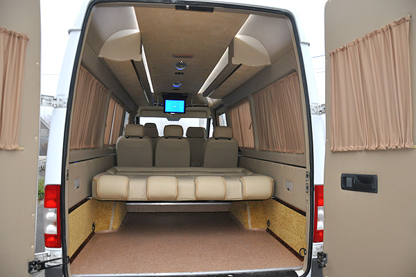 Багажное отделение Mercedes Dodge Sprinter